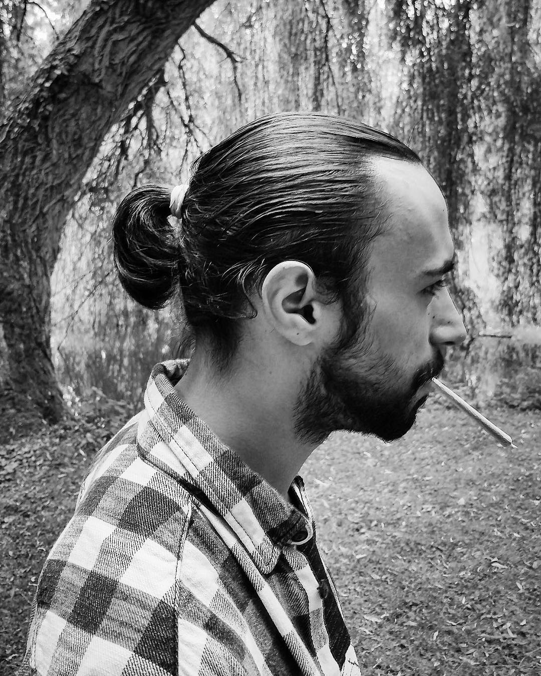 Cabelo-masculino-grande-Tendências-atuais-de-cabelo