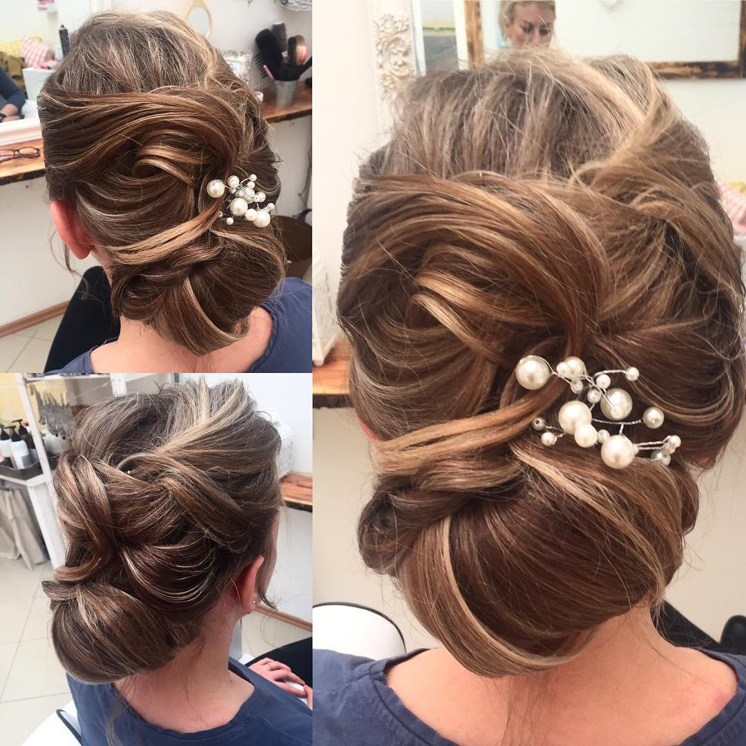 Penteados-para-noivas-para-casamento-rústico:-Tendências-de-cabelo