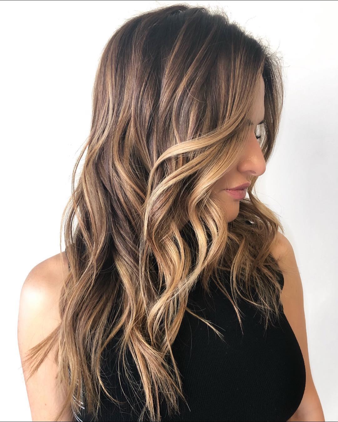 Tendência-de-cor-de-cabelo-Cabelo-atual-Shatush